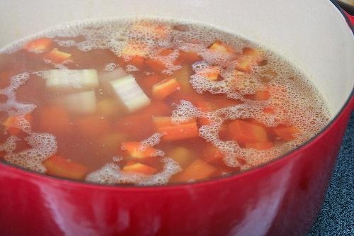 carrot-soup-64312009.jpg