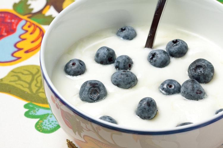 yogurt-6616-750px.jpg