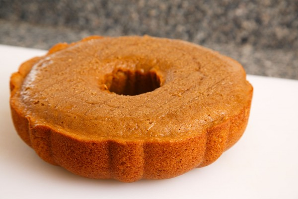 how to make a bucket cake